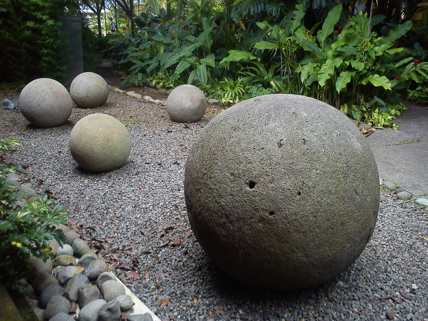 Perfectly round stone spheres, Costa Rica