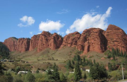 Jeti Oguz (Seven Bulls), Kyrgyzstan