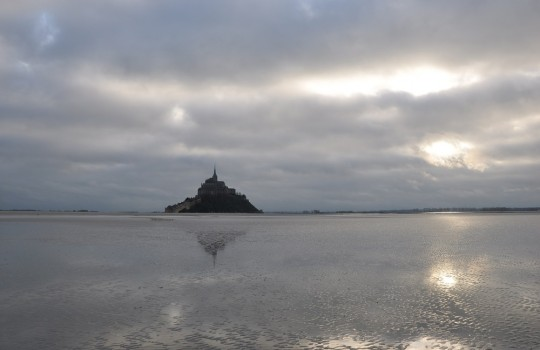 Mont Saint Michel (Normandy, France) walk at low tide | Mont Saint-Michel winter escape | LegendaryTrips
