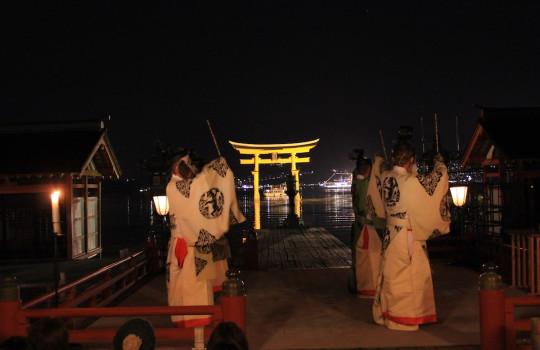 Kagura (Shinto theatrical dance), Itsukushima Shrine Japan