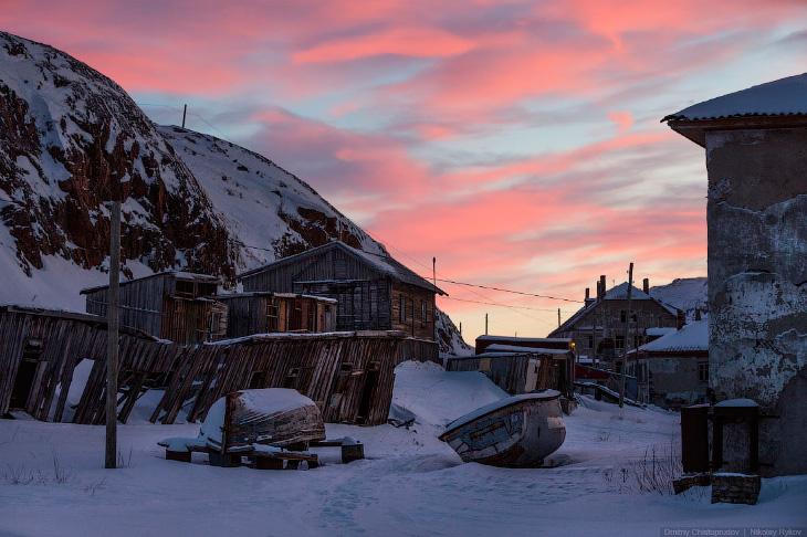 Leviathan, Sunset in Teriberka, Russia