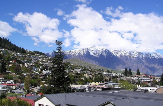 Remarkable Mountains behind Queenstown, New Zealand