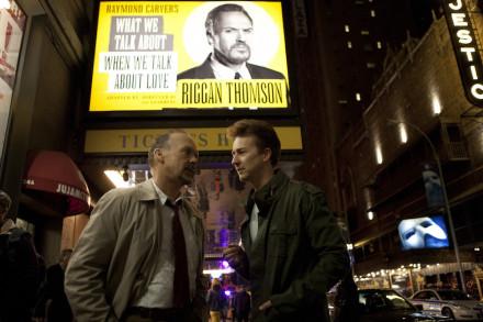 Riggan (Michael Keaton) and Mike (Edward Norton) in fron of St James Theatre in Birdman 2014 (Broadway, New York)